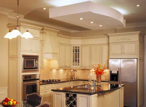 Installing crown molding on kitchen cabinets for Crown molding installation kitchen cabinets
